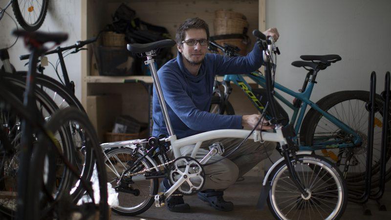 hľadáme posili na preteky v skladaní bicyklov Brompton